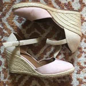 Susina Lily Wedge